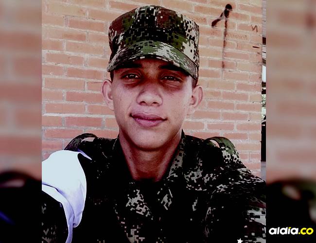 Alfonso Manga Sarco, soldado bachiller señalado de disparar con su fusil de dotación contra el inmueble | Al Día