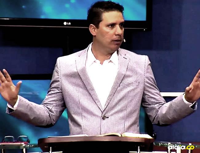 Miguel Arrázola, líder evangélico de la iglesia Ríos de Vida.