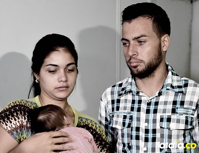 Mariologa Olivares y su esposo Jorge Olivares no podían ocultar ayer si preocupación por su futuro | ALDÍA.CO