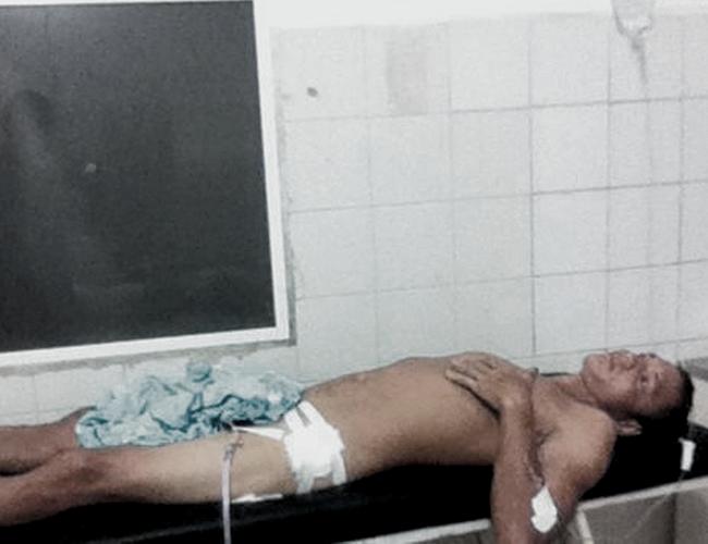 Momentos en que Milton Antonio Ramírez Tafur se encontraba en la sala de urgencia y era atendido por parte del cuerpo médico del centro asistencial. | AL DÍA