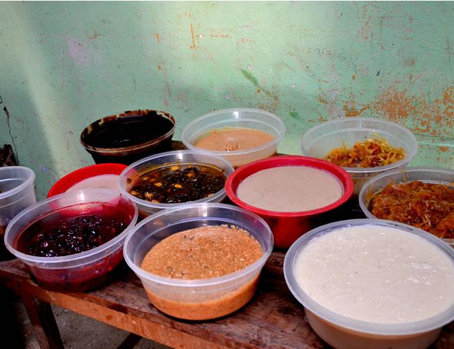 Dulce de leche, de coco, papaya, mango, corozo, ciruela y de leche cortada son de los más vendidos. | Foto: AL DÍA
