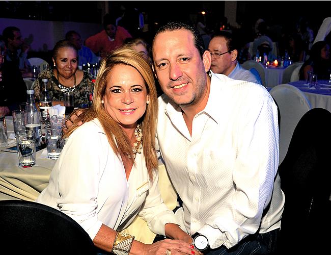 Ivette Borrero Moncada y Carlos Jiménez Jiménez, director de Fenalco Atlántico, están casados desde hace seis años.