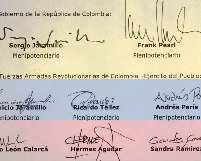 La comisión representante del Gobierno, representantes de las Farc y veedores internacionales finalizaron la redacción de los acuerdos de paz.   ALDÍA.CO
