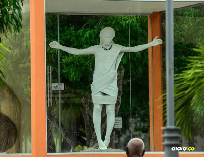 La estatua se encuentra en la plaza de la iglesia San Luis Beltrán | El Heraldo