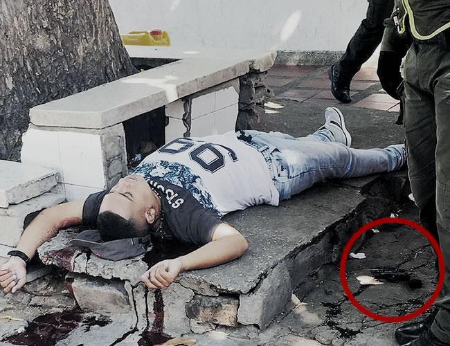 Nicolás Esguerra Ramírez quedó tendido sin vida junto a un kiosco, en la calle 64 con carrera 52, barrio El Prado. | ALDIA.CO