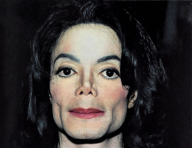 Michael Jackson fue acusado toda su vida de abusar y pasar mucho tiempo con niños | Foto: Creationsciencestud