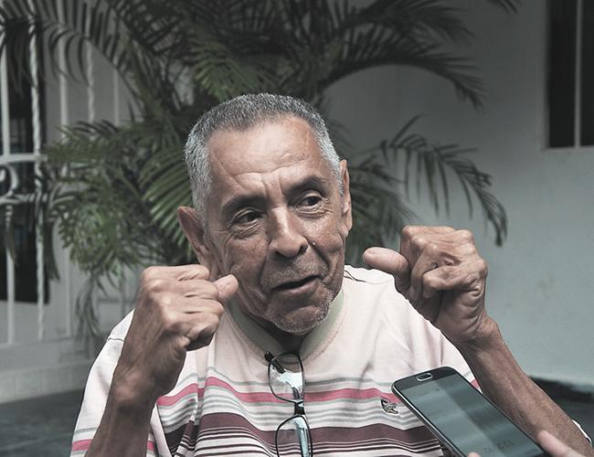 """La pierna me tiene incómodo"", dice Pardo.   Foto: Archivo"
