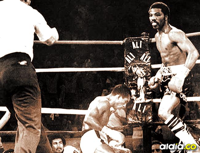 La caída definitiva que marcó la pérdida del título y el epílogo de la carrera de Pambelé ante Aaron Pryor (q.e.p.d.). | AL DÍA