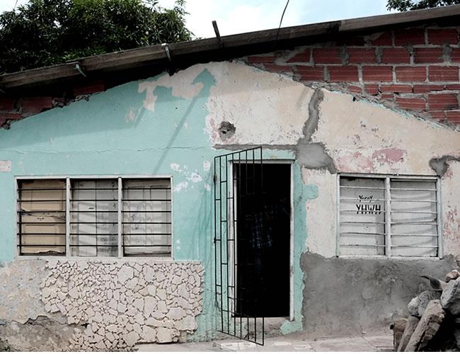 n el primer cuarto de la vivienda ubicada en la calle 73B No. 23B - 03, barrio Carlos Meisel, se electrocutó con un cable John Jairo Ortega, de 48 años |Foto: Al Día