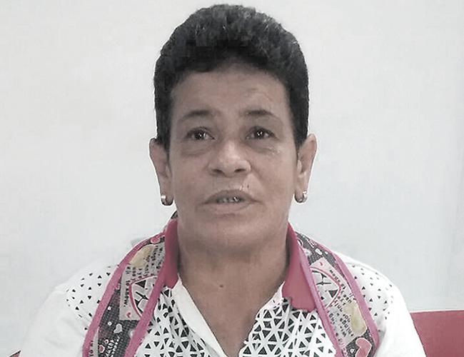 Luz Dary Cano Loaiza, de 59 años, es la mujer que busca a su hermana gemela para que le tienda la mano. | Foto: AL DÍA