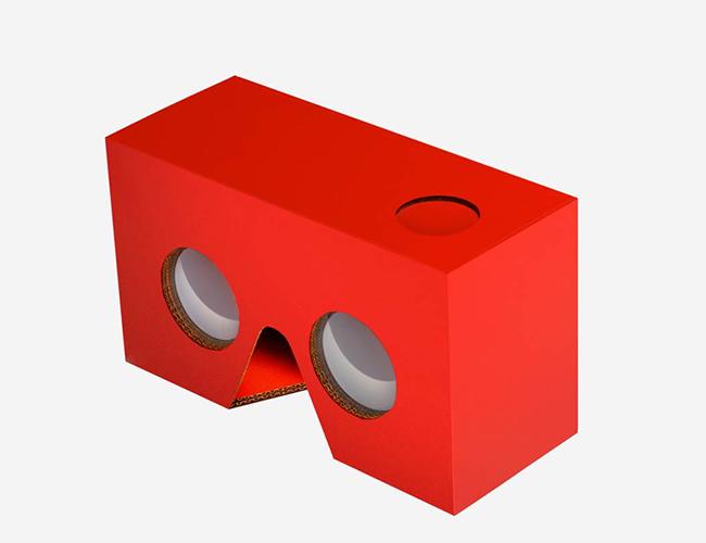 Estos son los nuevos 'Happy Goggles', las gafas de realidad virtual que vienen con la 'Cajita feliz' de McDonald's. | Foto: NBC