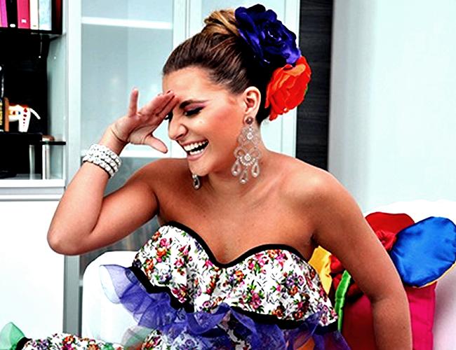 """""""No le hago caso a críticas que vienen de anónimos, de personas que no me conocen, que no saben quién soy"""", Marcela García Caballero, Reina del Carnaval de Barranquilla 2016."""