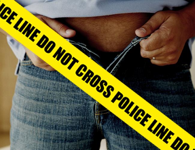 La Policía se llevó al hombre acusado de masturbarse en Transcaribe | Foto: AlDía