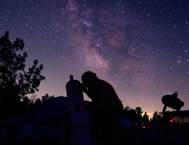 Parte de la observación astronómica es poder retratar, en fotografía, los fenómenos del universo