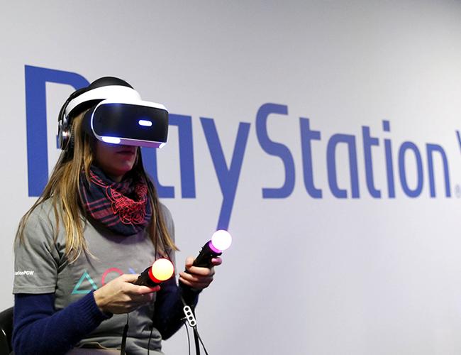 Los lentes de PlayStation VR serán presentados oficialmente el 13 de octubre. | Foto: engadget.com