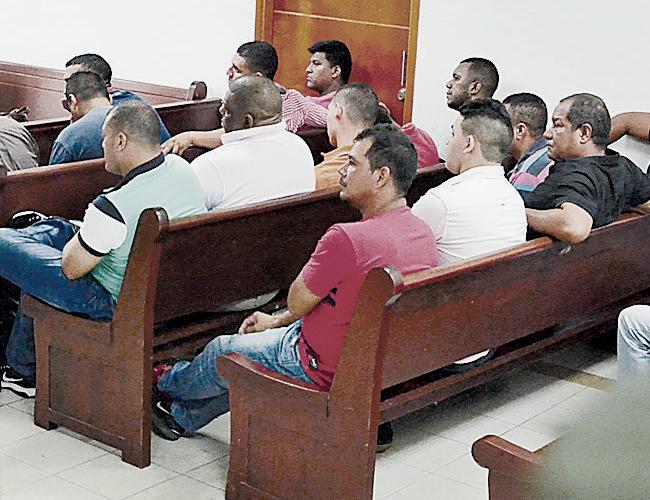 En la foto aparecen 15 de los 20 vinculados a esta segunda fase de la investigación. | Foto: Archivo