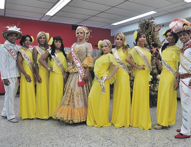 Estos es grupo de participantes en el Reinado Popular Gay 2016  | Fotos: Carlos Cordero