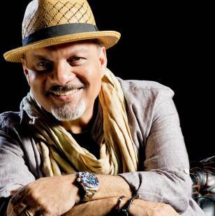Omar Alfanno, compositor panameño.