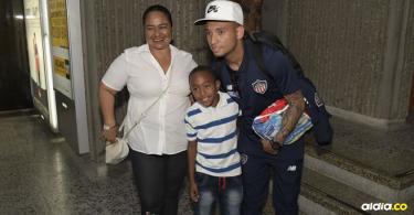 Jarlan Barrera llegando a Barranquilla.   Al Día