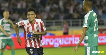 El gol llegó al minuto 82. Centro desde la derecha por parte del emergente Daniel Moreno para conectar con Díaz, quien ejecutó un cabezazo perfecto.