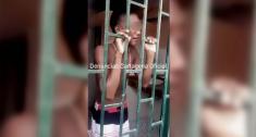 El presunto ladrón fue atrapado por comerciantes del sector | Captura de pantalla