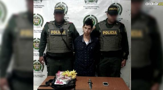 Edwin Andrés Henao Realez, fingió ir a entregar flores a una joven a la que asaltó con un arma blanca   Cortesía