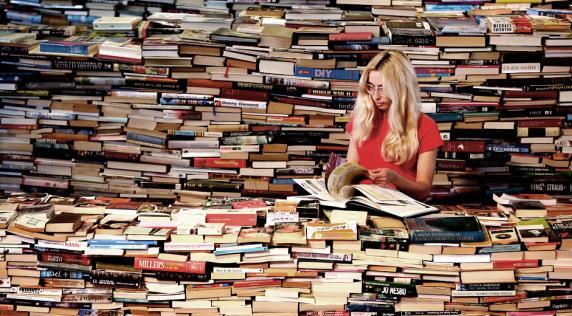 La literatura es uno de los pilares de nuestra existencia como humanos | Archivo