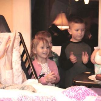 Joey Feek alcanzó a celebrar el segundo cumpleaños de Indiana, su hija   foto: Rory Feek