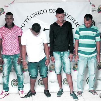 Este es el grupo de sujetos capturados ayer por la Sijín y el CTI, sindicados de homicidio, tortura y desaparición forzada   Foto: Al Día