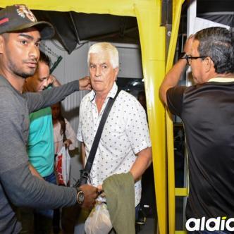 Julio Avelino Comesaña cuando llegó a Barranquilla el pasado 24 de abril. El entrenador está radicado en la ciudad.