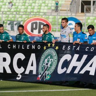 El Santiago Wanderers se disponía a hacer un homenaje a Chapecoense junto al Huachipato, en la fecha 14 de la Primera División chilena   Al Día