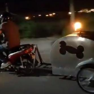Sebastián pasó de diseñar y construir aparatos para la movilidad de animales discapacitados a crear la primera ambulancia para atender a las mascotas. | Captura de video