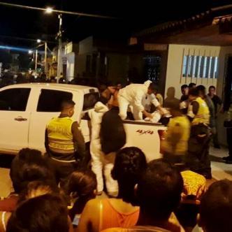 Las autoridades hicieron  la inspección de los cadáveres. |  AL DÍA