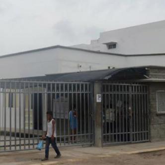 La persona herida fue llevada a la clínica Adelita de Char, en Soledad.   Archivo
