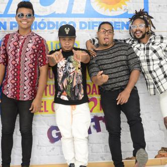 De izquierda a derecha: Aníbal Hernandez, David Ruiz, Fromx, Pierre Magallanes y Fredy Harel, integrantes de Bazurto.