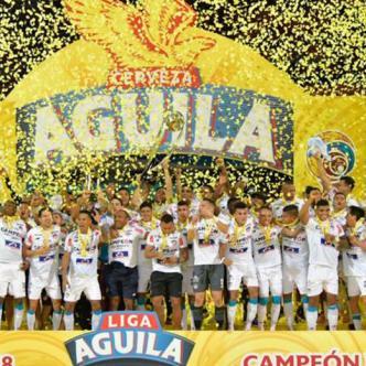 El cuadro Tiburón durante la celebración del triunfo. | Hansel Vásquez