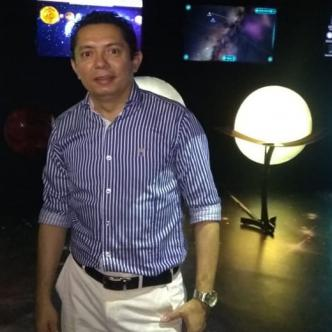 Orlando Méndez, coordinador del planetario Combarranquilla.