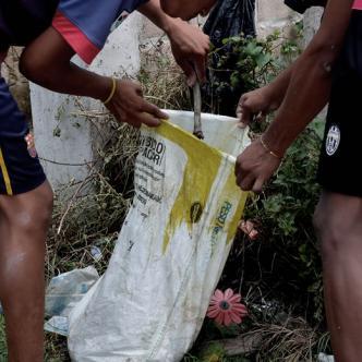 En un saco encontraron restos de un niño, al parecer de año y medio   Héctor Palacio