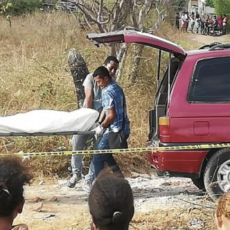 Autoridades cumplieron con la inspección y levantamiento del cadáver que está sin identificar en Medicina Legal.