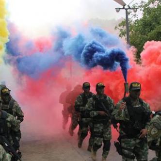 El desfile militar estará cargado del tricolor nacional. | Al Día