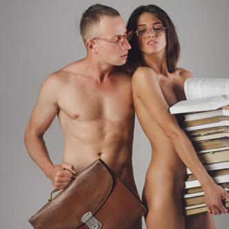 Los juegos de rol en el sexo son una buena opción para salir de la monotonía en la cama. | Al Día