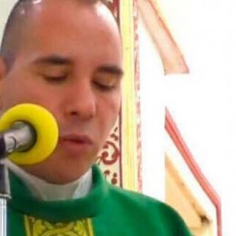 El falso párroco Miguel Ángel Ibarra. | Tomado de Diario de Cadiz