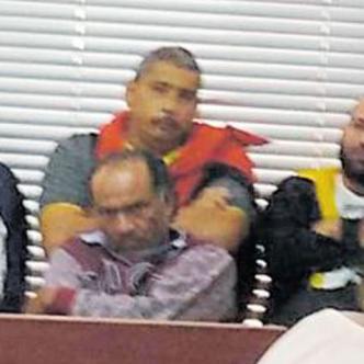 En diciembre de 2018, la Policía Metropolitana logró la captura de once personas señaladas de pertenecer a la banda criminal 'los Pepes', al servicio de 'Castor'.