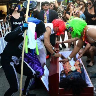 Joselito Carnaval está inspirado en un dios de origen africano.