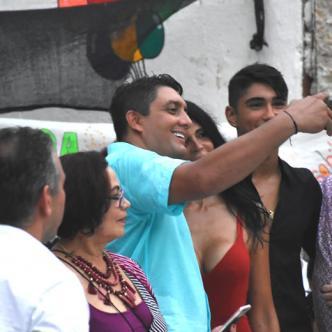 Está es la fotografía donde aparece el director de distriseguridad, Víctor Hugo Arango, tomándose una 'selfie' con la llamada por la Fiscalía, la mayor proxeneta de la ciudad de Cartagena, Lialiana Campos, alias la Madame.