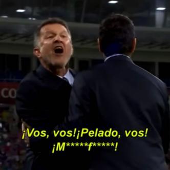 Osorio protestó ante el grupo de árbitros, liderado por Bakay Gassama, pero los neozelandeses aseguraron que no había motivo para reclamar | Captura de pantalla