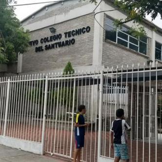 Fachada del Colegio Técnico del Santuario. | Al Día