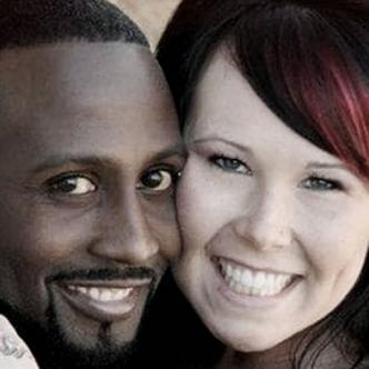 Montie Smith y su esposa Shaynna Lauren Sims quien deberá pagar 16 años de cárcel por este crimen | Infobae
