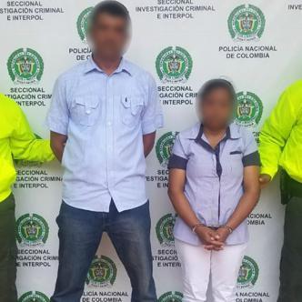 El presunto abusador y la madre de la niña fueron capturados después de que la menor le contara a una tía los sucedido.   Al Día