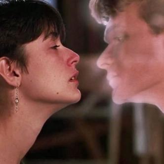En la película 'Ghost' estrenada en 1990 se trata a fondo esta temática. | Tomada de Internet